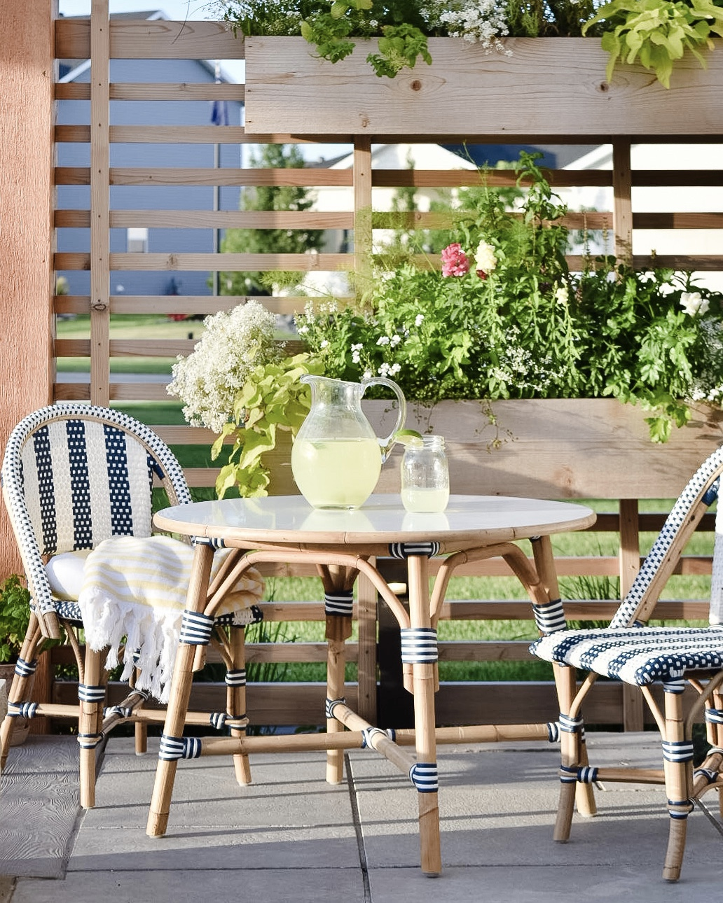 5 Summer Favorites from Serena & Lily - Kids Bistro Table